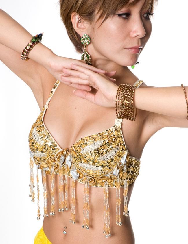 ベリーダンス衣装 スカート・ブラ 上下セット 4 - バングルなどと組み合わせると、より素敵です。