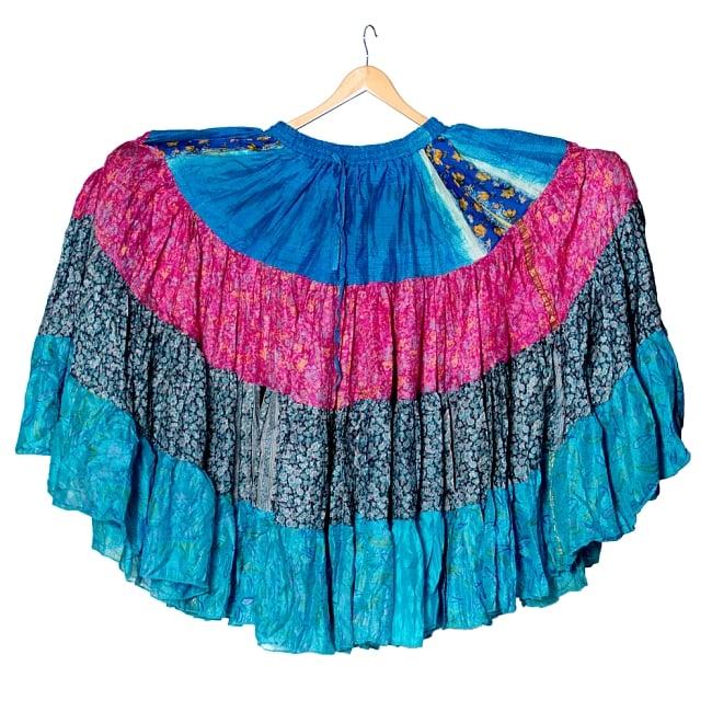 25ヤード アンティークサリーのジプシーパッチワークスカート4段【88cm】 3 - 25ヤードのスカートなので、とても大きく、回転した時も綺麗です。