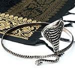 蛇のメタルバングル