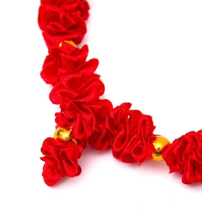 インドの造花ミニ 赤の写真3 - 一部分を拡大してみました