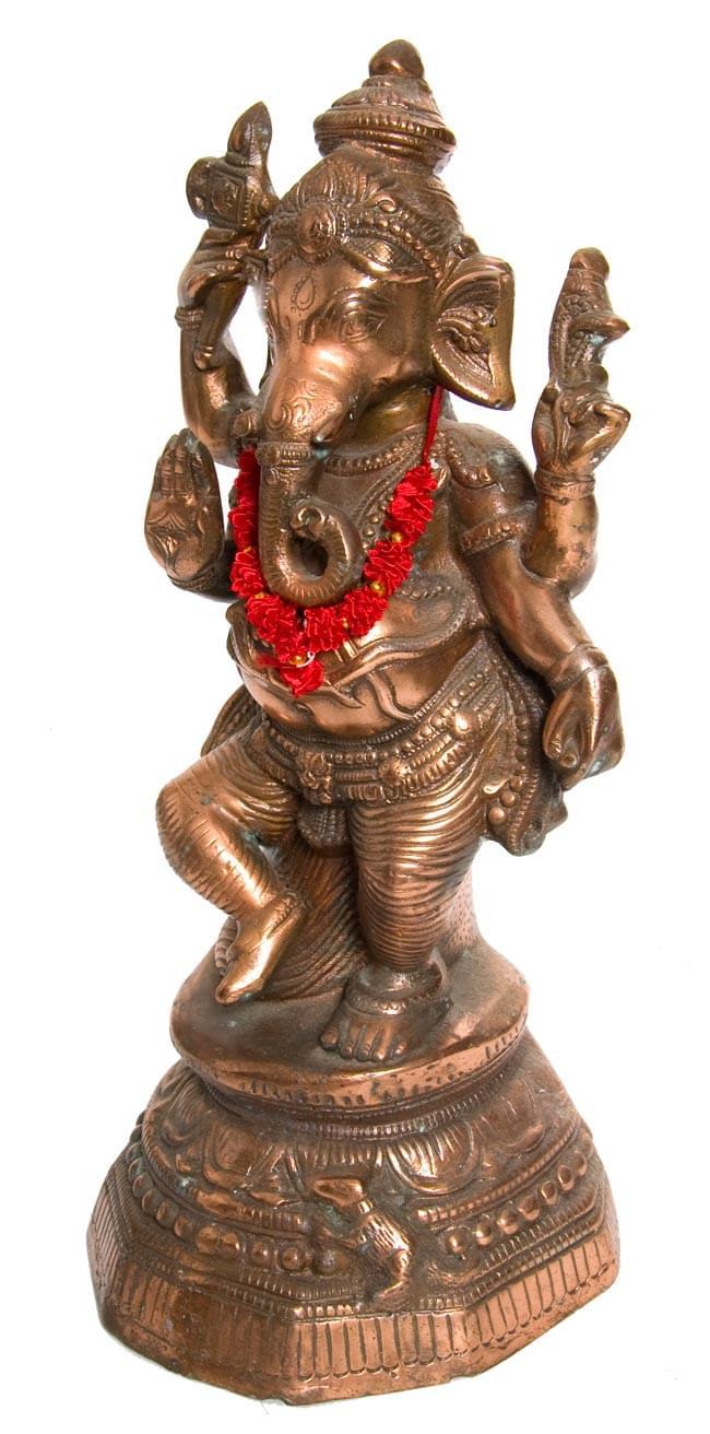 インドの造花ミニ 赤の写真4 - 実際に使ってみるとこんな感じです。インドの香りがしてきそうですね。