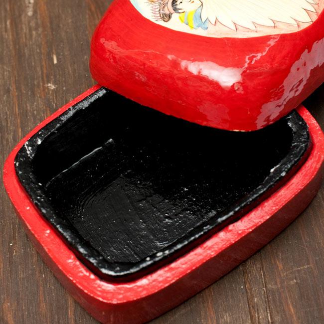 カシミールのペーパーマッシュ - インチキサンタさん小物入れ[大] 4 - フタを開けてみたところです
