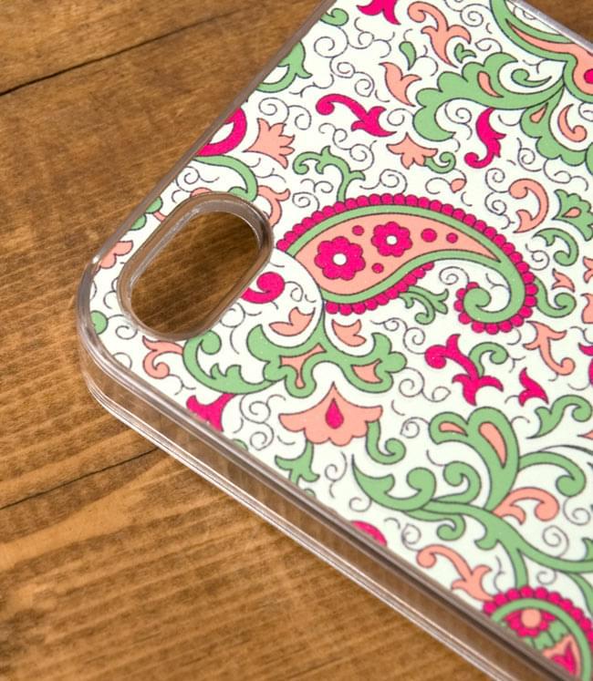 インドのテキスタイルデザイン【ティラキタオリジナルiPhone5ケース】の写真3 - 実際のケースを拡大しました