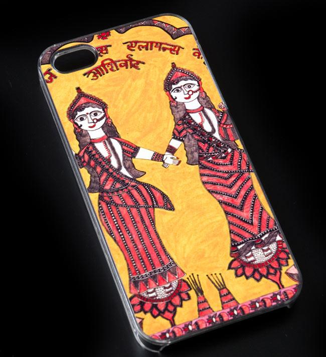 インドの伝統絵画ミティラー画【ティラキタオリジナルiPhone5/5s/SEケース】の写真2 - 実際のケースです