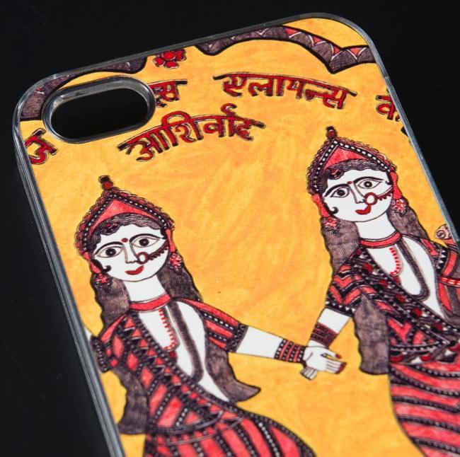 インドの伝統絵画ミティラー画【ティラキタオリジナルiPhone5/5s/SEケース】の写真3 - 実際のケースを拡大しました