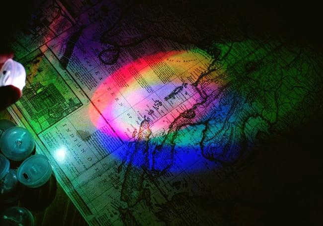 【10個セット】三原色のカラフルLEDライト ボダン電池式〔2cm×3.9cm〕 7 -