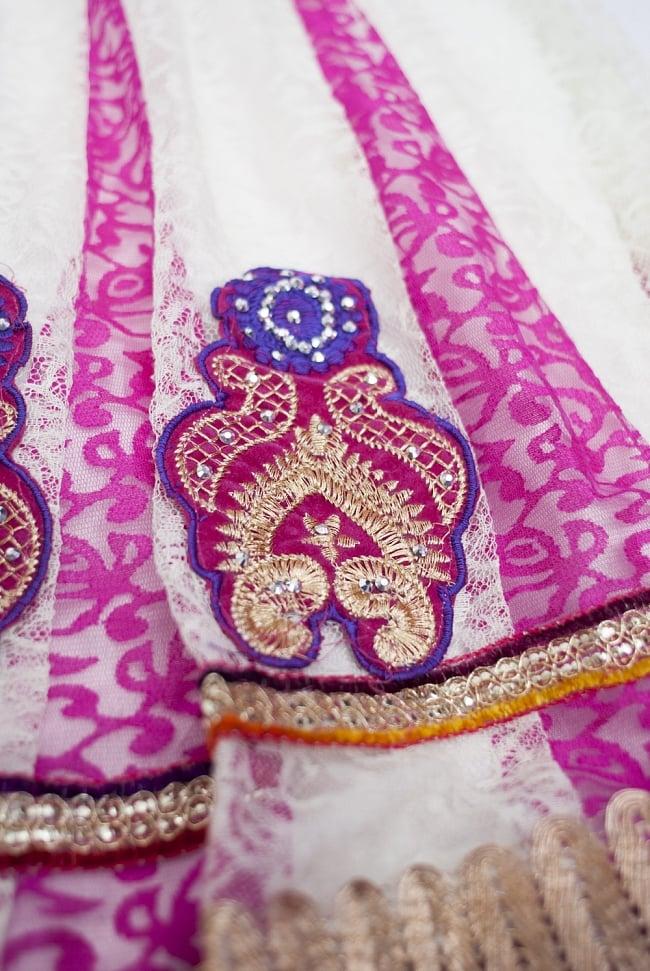 サフェードのパンジャビドレス 3点セット 白×ピンク 6 - 裾をアップにしてみました。