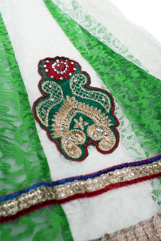 サフェードのパンジャビドレス 3点セット 白×緑の写真6 - 裾をアップにしてみました。