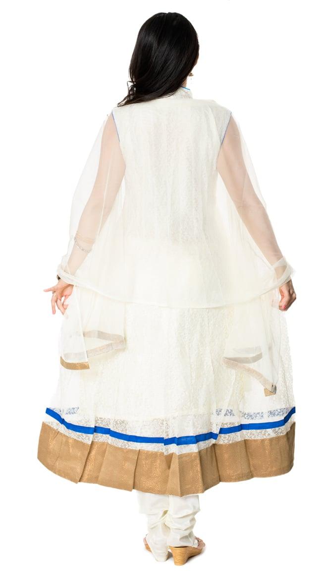 サフェードのパンジャビドレス 3点セット 白×青 3 - 後ろ姿です。