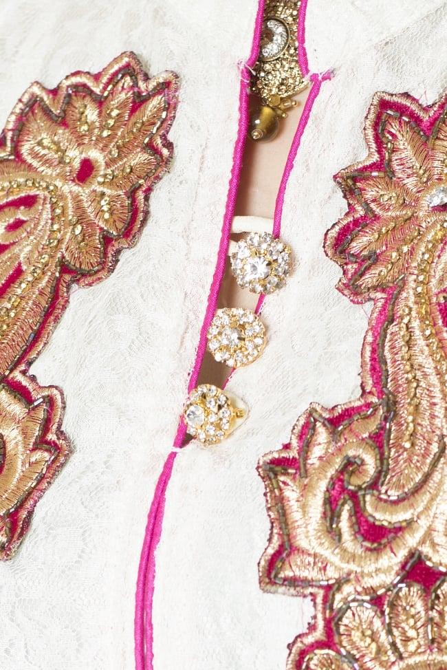 サフェードのパンジャビドレス 3点セット 白×ピンク 6 - 胸元の様子です。