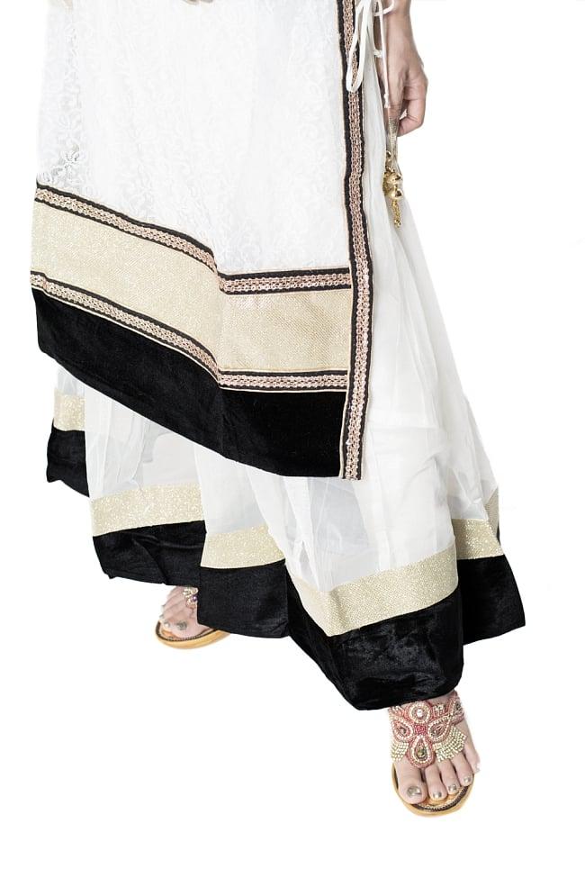 サフェードのパンジャビドレス 3点セット 白×黒 7 - 裾の様子です。