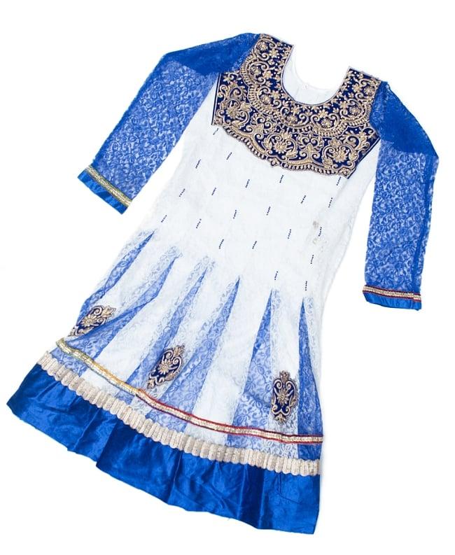 サフェードのパンジャビドレス 3点セット 白×青 2 - トップのドレスの様子です。