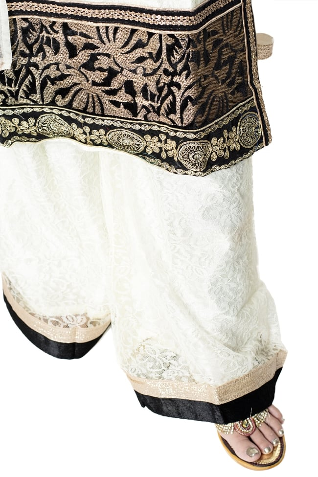 サフェードのパンジャビドレス 3点セット クリーム×黒の写真8 - 裾の様子です。
