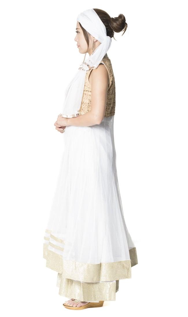 サフェードのパンジャビドレス 4点セット 白×金色の写真2 - 横から見ることこんな感じです。