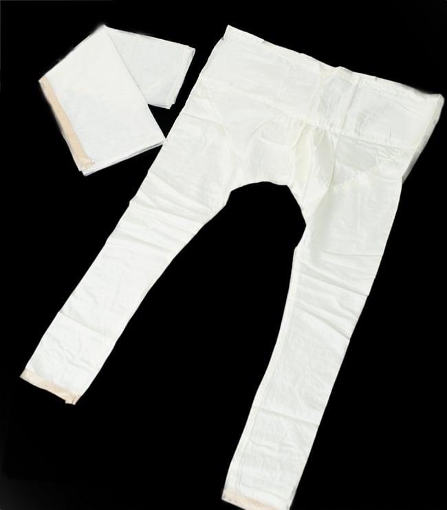 サフェードのパンジャビドレス 4点セット 白×金色の写真12 - ボトムスとショールが付属します。