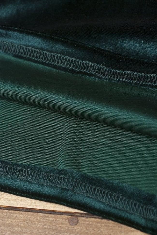 ベルベットのストレッチチョリ - 深緑 3 - 裏生地はこのような感じでツルッとしているので、とても着やすいです。