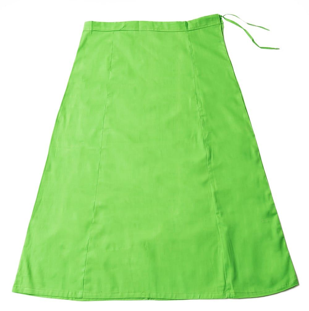 サリーの下に着るペチコート - ライトグリーンの写真