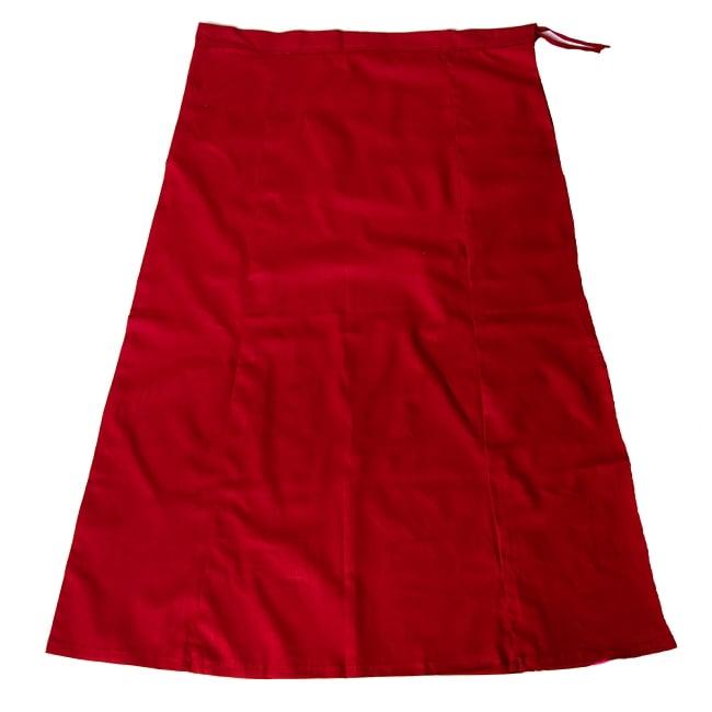サリーの下に着るペチコート - 濃赤の写真