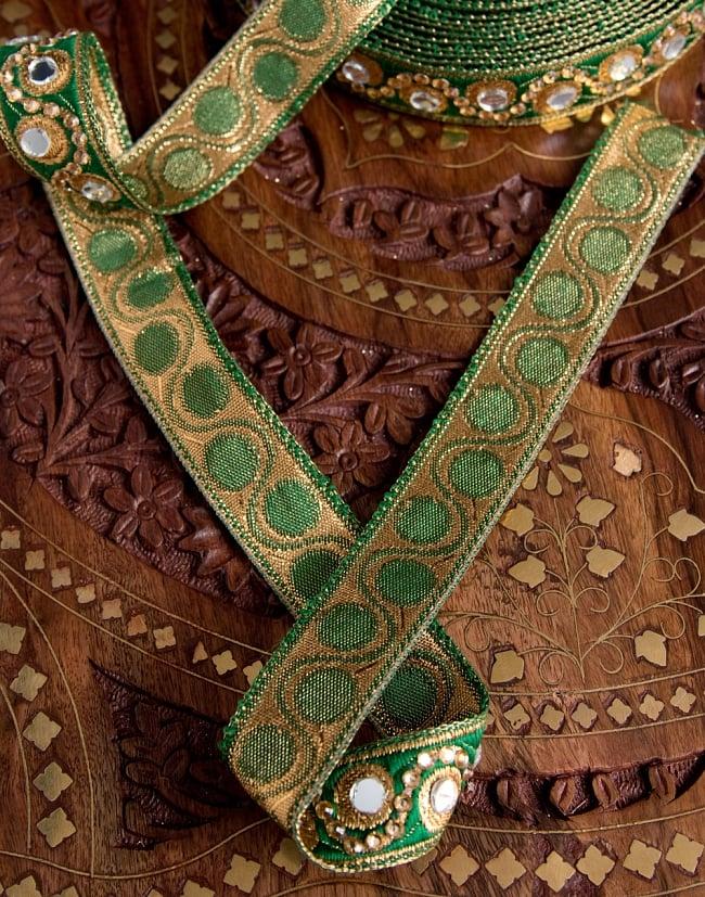〔各色あり〕チロリアンテープ メーター売 - 色鮮やか ミラーワークとビーズ刺繍〔幅:約2.5cm〕 5 - 裏面はこのようになっています