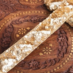 チロリアンテープ メーター売 - 輝くスパンコールと美しい金糸〔幅:約3.8cm〕