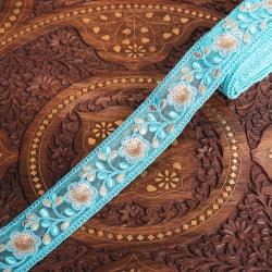 〔各色あり〕チロリアンテープ メーター売 - レース生地に銀糸が美しい〔幅:約4.5cm〕
