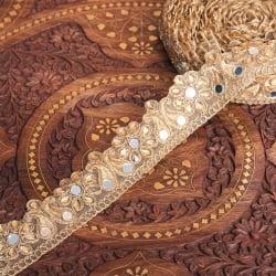 チロリアンテープ メーター売 - 金糸が美しい ミラーワークとゴータ刺繍〔幅:約4.5cm〕