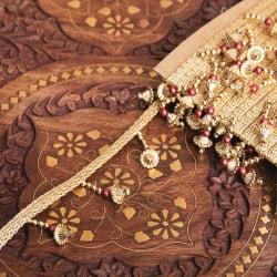 〔約9mロール売り〕チロリアンテープ - 華やかな金色のビーズ装飾 ベリーダンスなどへオススメ〔幅:約3.5cm〕