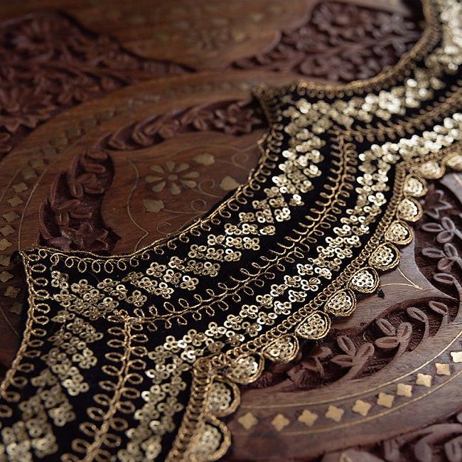 チロリアンテープ メーター売 - 金糸が美しい 更紗模様のゴータ刺繍〔幅:約10cm〕 - 黒ベロア 8 -
