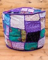 インド・プフ ラジャスタン刺繍布製のパッチワーククッションカバー - 紫