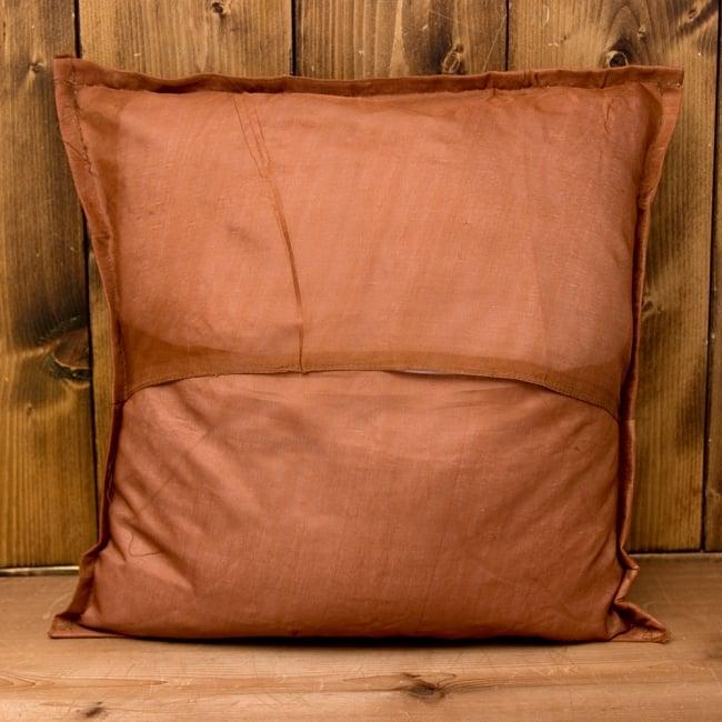 【ラジャスタン刺繍】クッションカバー茶系アソート 5 - 裏面はジップ等はなくシンプルな作りです^^