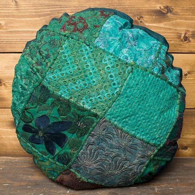 【ラジャスタン刺繍】クッションカバー - 緑系アソートの写真2 - 全体写真です