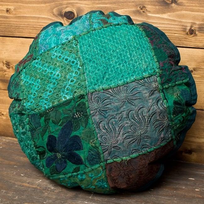 【ラジャスタン刺繍】クッションカバー - 緑系アソートの写真