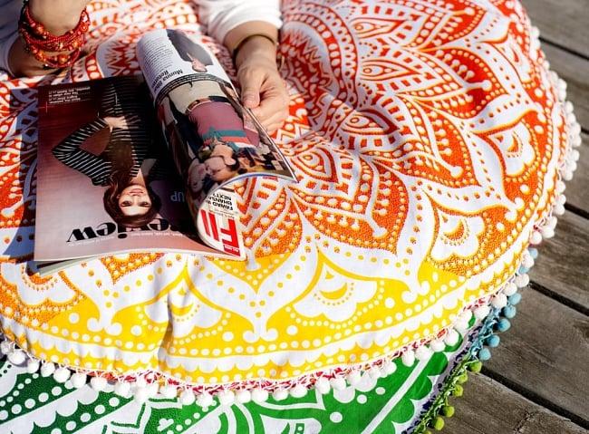 特大サイズ!マンダラ丸型クッションカバー【約90cm】の写真4 - マンダラ模様が綺麗です