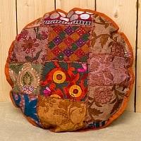 ラジャスタン刺繍のクッションカバー - オレンジブラウン系アソート