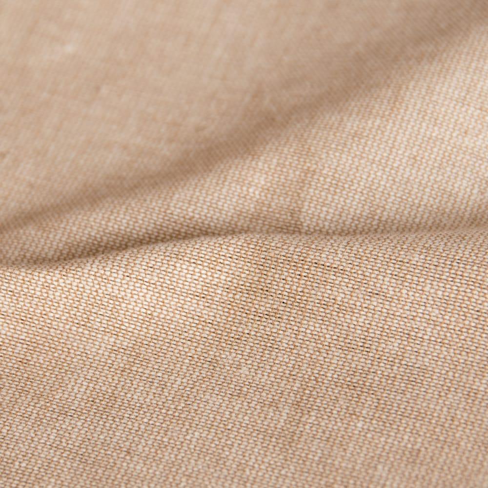 サンドベージュのマンダラクッションカバー 7 - しっかりしたコットン生地は丈夫で扱いやすい良質な素材です。