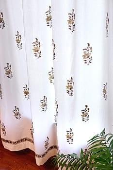 〔100cm×200cm〕インドの木版染め 手作りウッドブロックプリントのサフェードカーテン - 茶系 ボタニカル柄