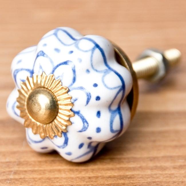 アジアンデザインの取っ手 陶器のプルノブ(ドアノブ)【約3cm】の写真