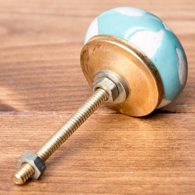 アジアンデザインの取っ手 陶器のプルノブ(ドアノブ)【約3.7cm】 2 - 取っ手の全体写真。彩色陶器のかわいい取っ手です
