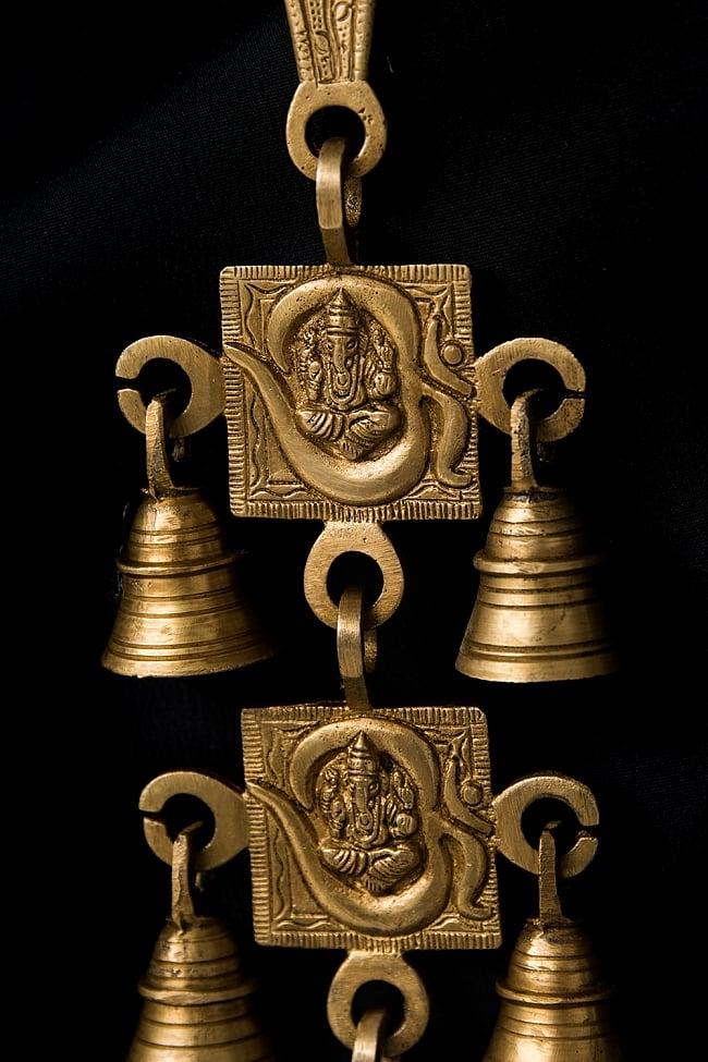 インドの神様ベル【4段】 2 - 近くで見てみました。