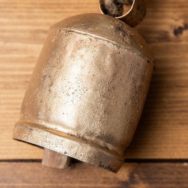 ドアチャイムなどへ!手作りのやさしい音色 インドの銅製カウベル-【7cm*12cm】 2 - 拡大写真です