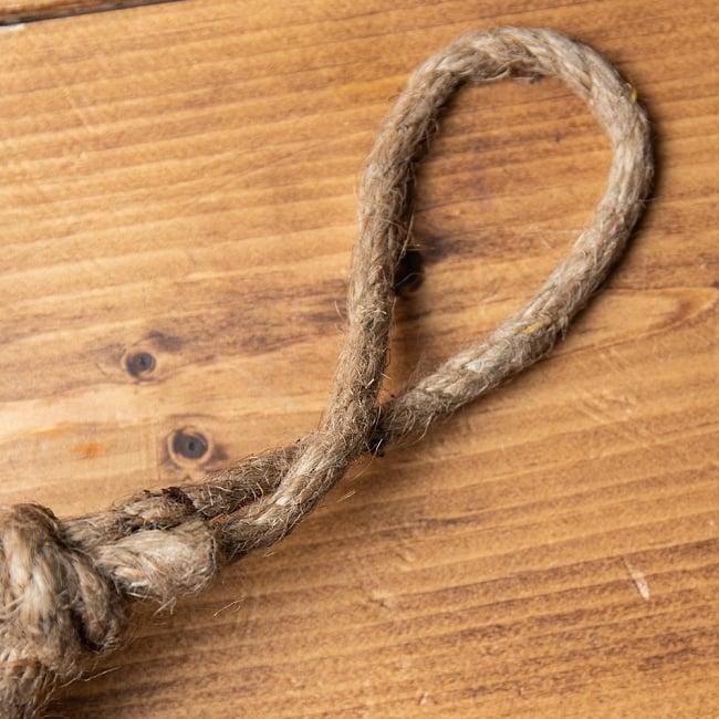 ドアチャイムなどへ!手作りのやさしい音色 インドの銅製カウベル-【7cm*12cm】 3 - ハンドメイド感豊かな紐が付属します。