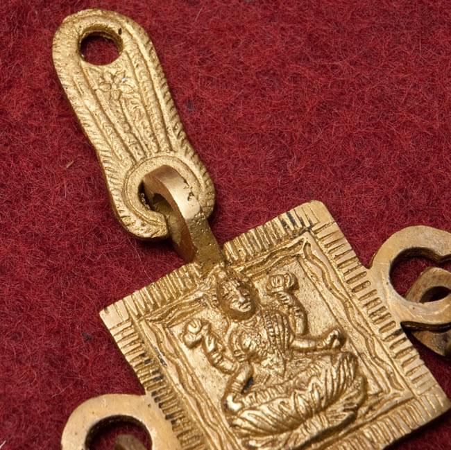 インドの神様ベル【2段】の写真4 - レリーフのアップです