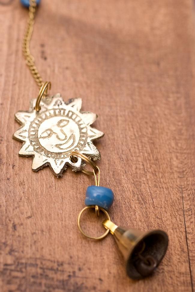 インド風鈴−ベルとスーリャ 【青】の写真4 - 太陽と鈴のかわいいらしい組み合わせです