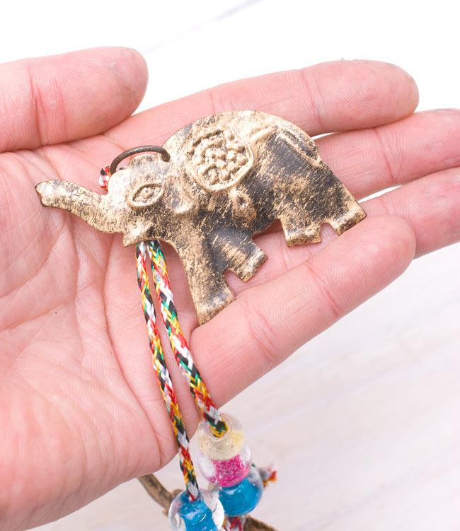 インドの銅製ハンギング-連なりゾウさんの写真5 - それぞれのゾウさんはこれくらいの大きさです。