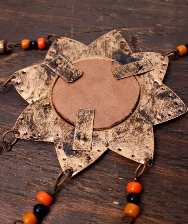 インドの銅製ミラーハンギング-太陽の写真4 - 裏面はこんな感じです。
