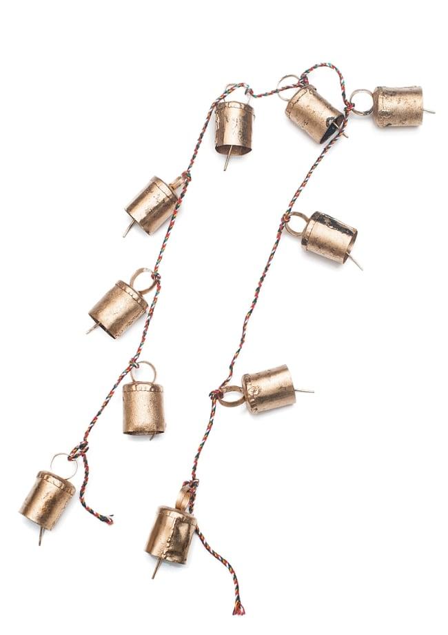 ドアチャイムなどへ!手作りのやさしい音色 インドの銅製カウベル-【3cm*2cm*100cm】 6 - 二つ折りにしてみました。全長にして100cmほどになります。