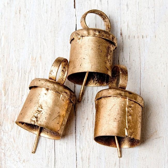 【3個セット】手作りのやさしい音色 インドの銅製ベル-【2cm*2.5cm】の写真