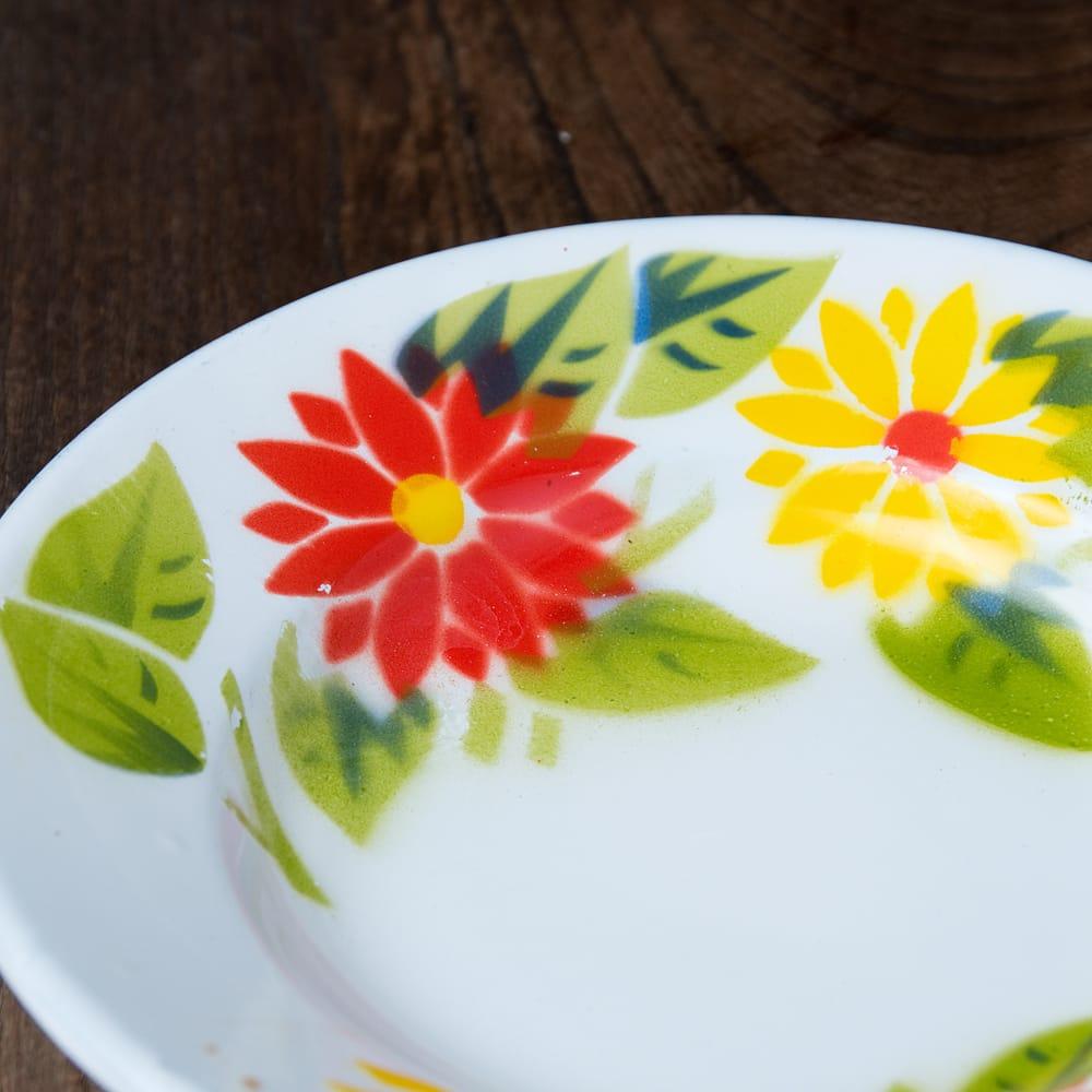 タイのレトロホーロー 花柄飾り皿 RABBIT BRAND〔約18cm×約2.7cm〕 2 - 拡大写真です