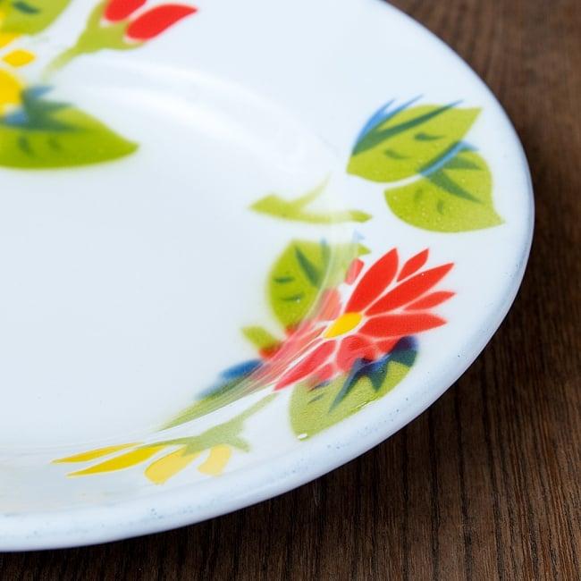 タイのレトロホーロー 花柄飾り皿 RABBIT BRAND〔約18cm×約2.7cm〕 5 - 拡大写真です