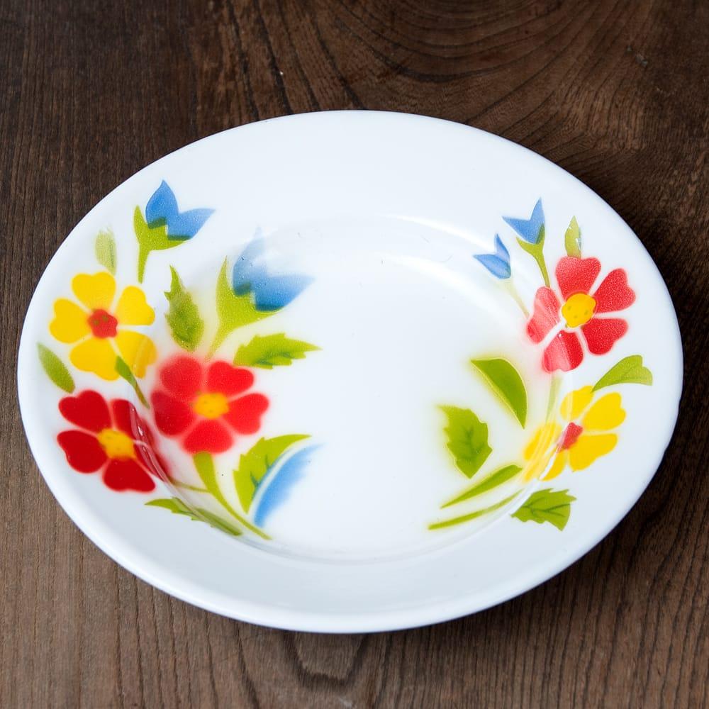 タイのレトロホーロー 花柄飾り皿 RABBIT BRAND〔約20.5cm×約3cm〕 3 - 花がらが素敵です